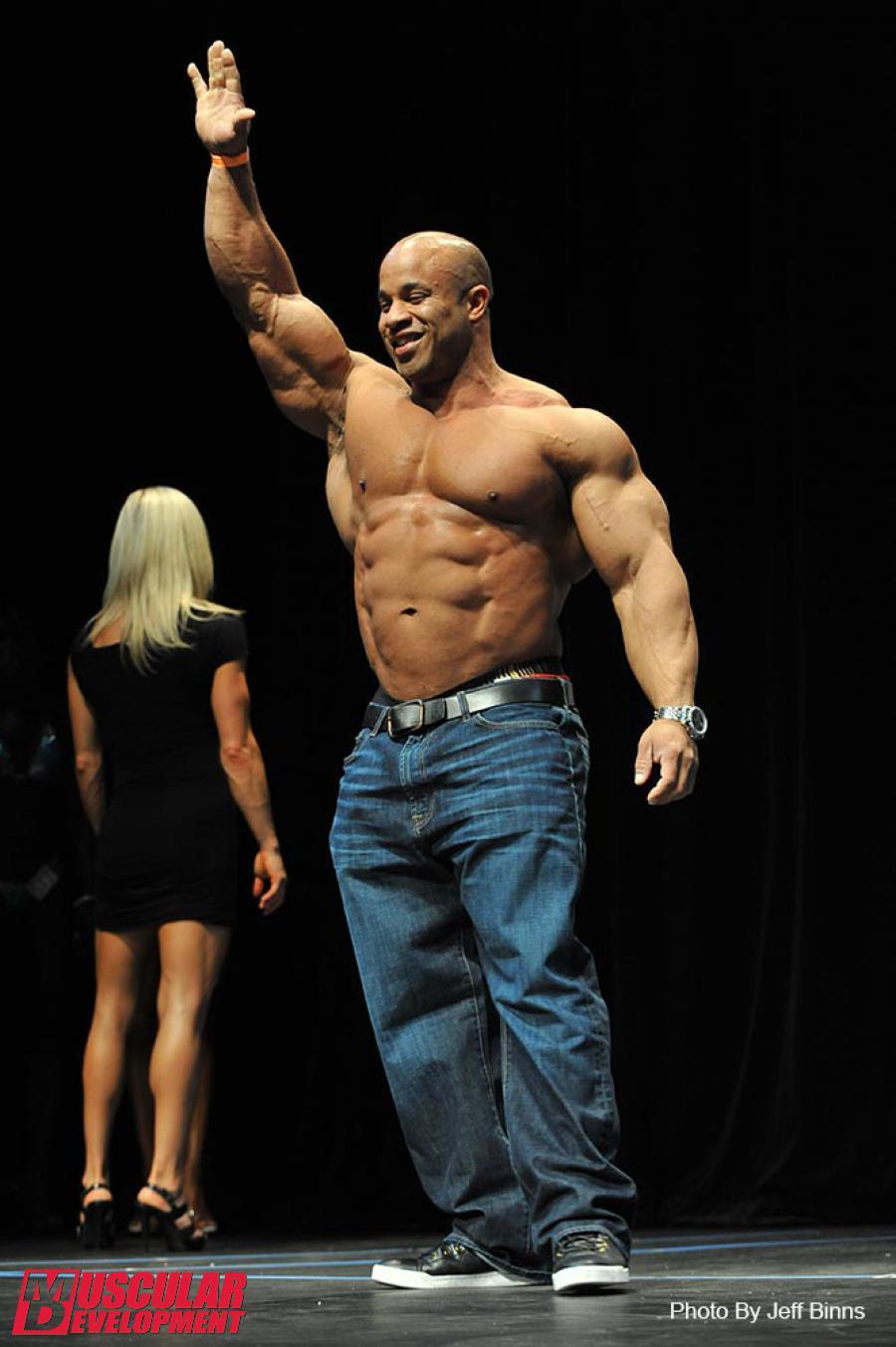 Champion Bodybuilder : Victor Martinez - Page 2