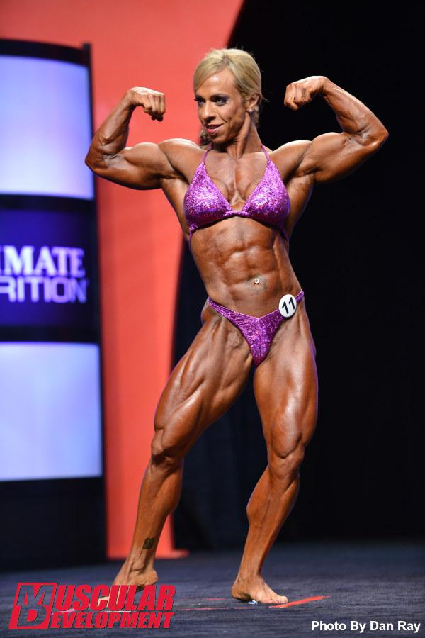Mr. Olympia 2014 Webcast 9668-jennifer-sedia-103_final