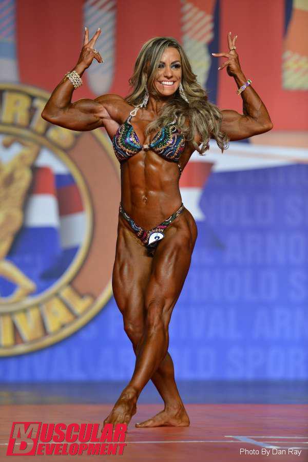 Juliana Malacarne Wins Women's Physique!   Arnold Classic 2015