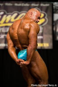 Chells amateur bodybuilder