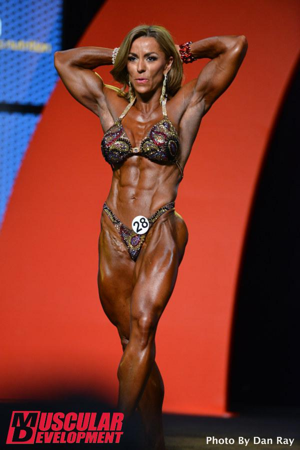 Juliana Malacarne, campeona de Women's Physique Olympia 2015