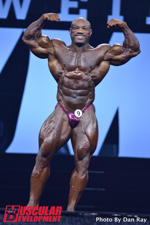 Dexter Jackson en las semifinales de Mr Olympia 2015
