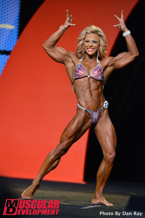 Danielle Reardon, cuarta clasificada en Women's Physique Olympia 2015
