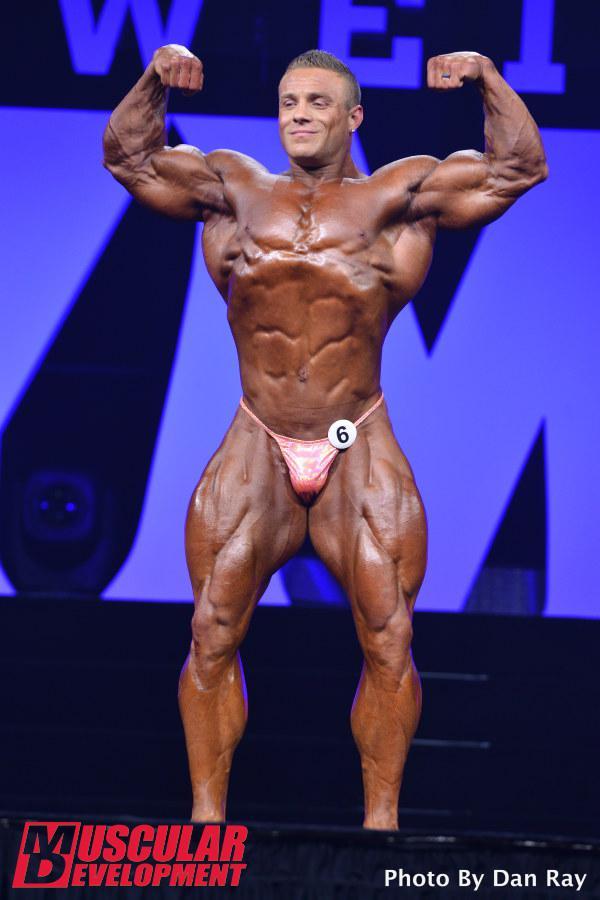 Brad Rowe en las semifinales de Mr Olympia 2015