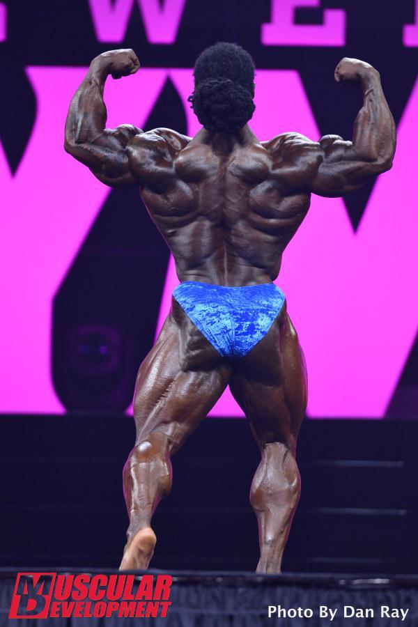 William Bonac en las semifinales de Mr Olympia 2015