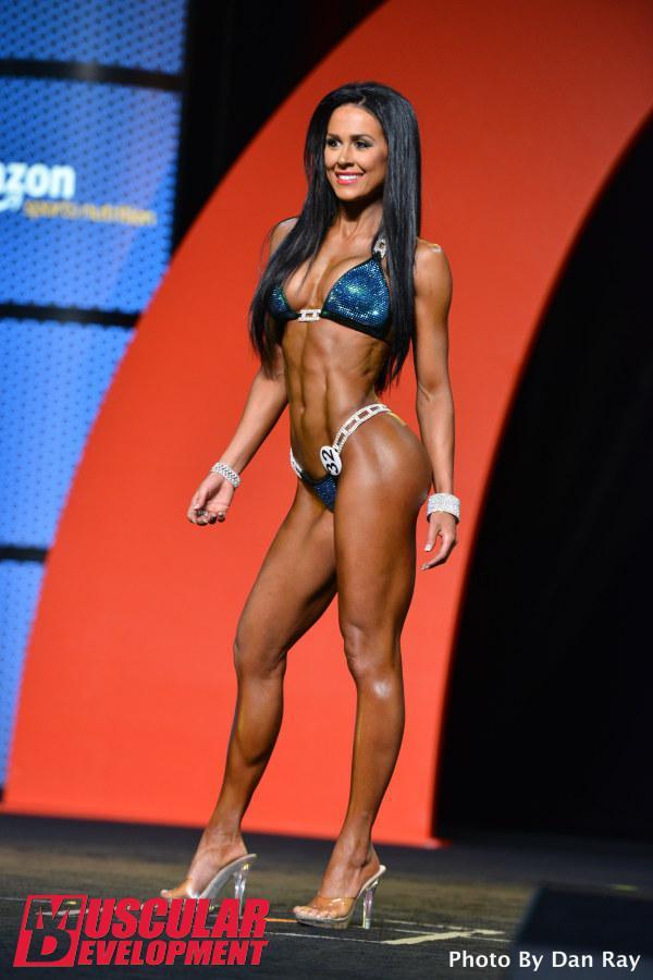 Ashley Kaltwasser, campeona Bikini Olympia 2015