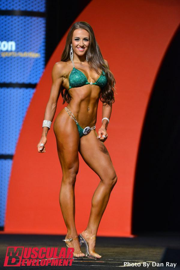 Courtney King, tercera en el Bikini Olympia 2015