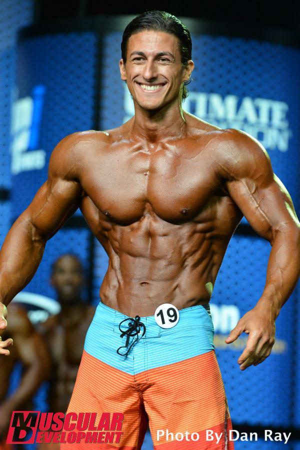 Sadik Hadzovic, segunda posición en Men's Physique Olympia 2015
