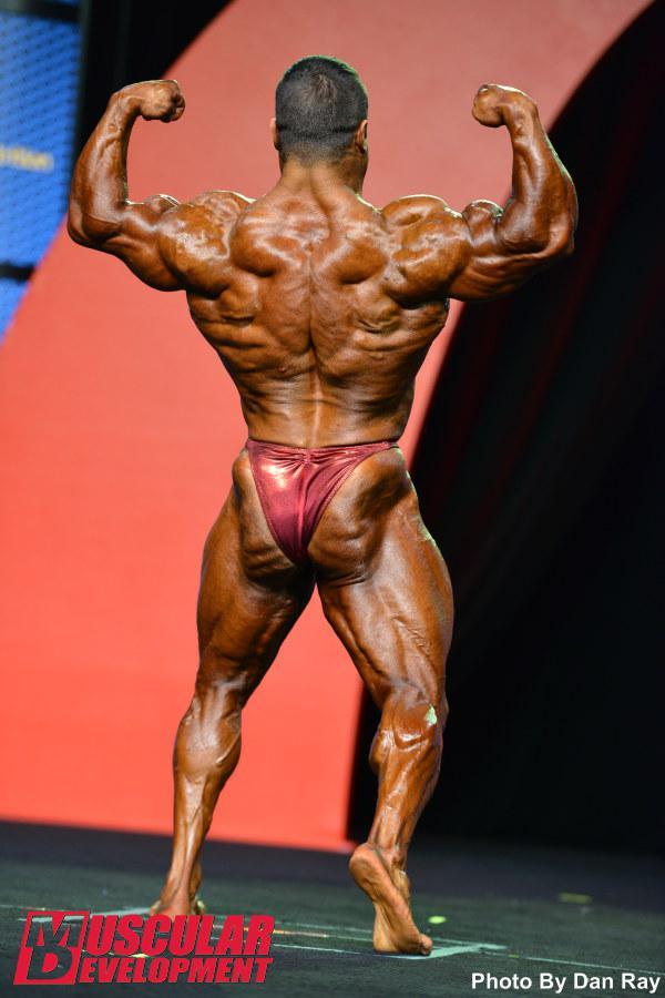 Eduardo Correa, excelente actuación en 212 Mr Olympia 2015