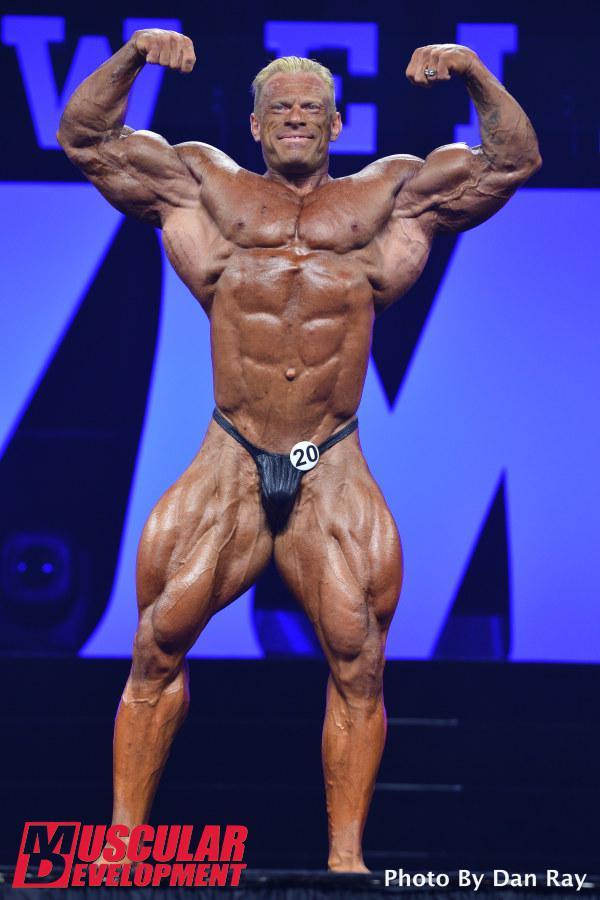 Dennis Wolf en las semifinales de Mr Olympia 2015